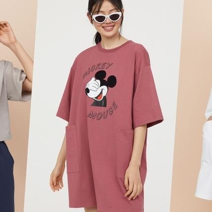 夏日穿搭怎能少了米奇!H&M DIVIDED 推迪士尼系列 ㄧ搭立馬年輕又俏皮