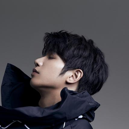 不習慣「歌手劉以豪」 錄音放膽裸身解套