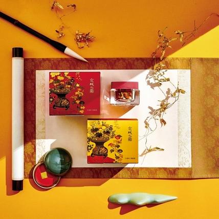京城之霜「不老神霜」上市十年了~首度攜手國立歷史博物館跨界合作推出「十周年典藏版」限量包裝,真的太威了