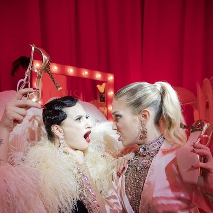 〈2020春夏巴黎女裝周〉Roger Vivier 瘋狂華麗的幕後時光