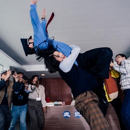 女神激不得!賴雅妍為當「全台第一」挑戰超高難度摔角