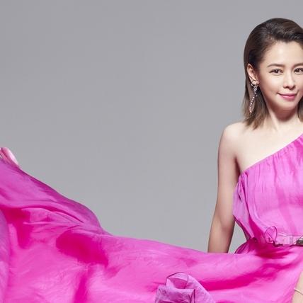 徐若瑄「博杯」問歌名 寫台語歌〈別人的〉獻亡父