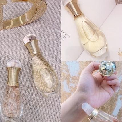 Dior又推出香氛小可愛~《J'adore 親吻淡香水》滾珠瓶,還有《J'adore 香氛髮香噴霧》,讓妳舉手投足都香噴噴
