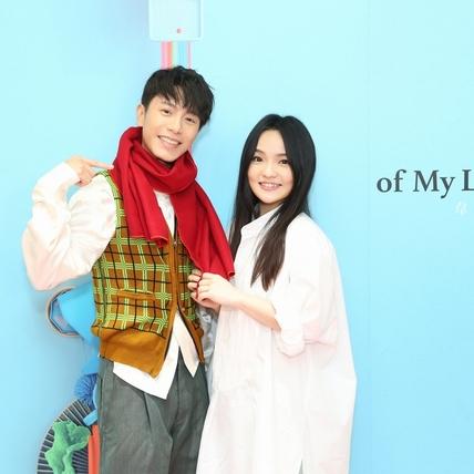 徐佳瑩禮尚往來送紅圍巾 韋禮安虧「以為妳要當我外婆」