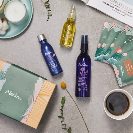 就要擁有melvita療癒身心的幸福禮盒,一次收藏限量新品鈴蘭摩洛哥堅果油與經典花粹