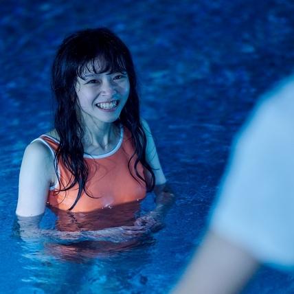 陳姸霏《無聲》搶金馬最佳新人! 難忘10度低溫泳池戲水狂發抖