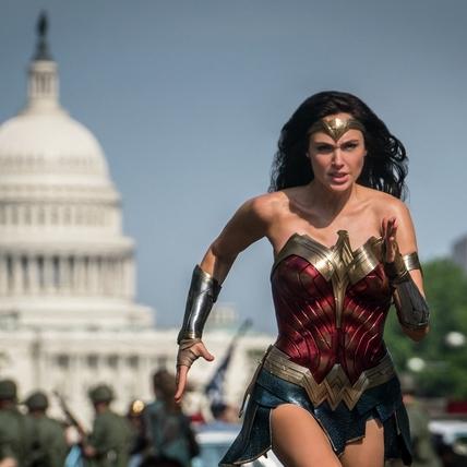 手刀準備好!年度壓軸《神力女超人1984》預售明天開賣啦!