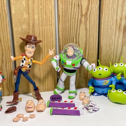 全家X玩具總動員超療癒換購!三眼怪、胡迪、巴斯光年等10項周邊 讓粉絲直呼每款都好想要