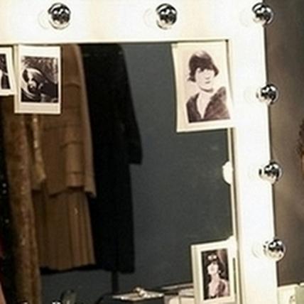 克莉絲汀•史都華獨特「眼」出香奈兒全新妝容形象