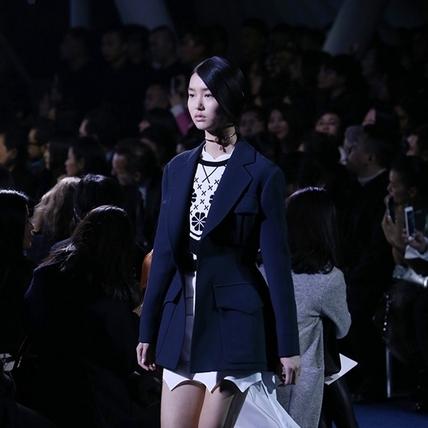 Dior 北京旗艦店開幕  2016 春夏浪漫時裝秀移師北京