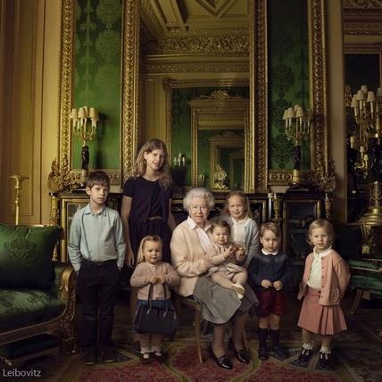 喬治王子勁敵出現!妹妹夏洛特公主一歲生日 皇室再秀新萌照