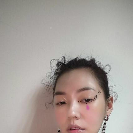 小S金曲妝容 揭秘