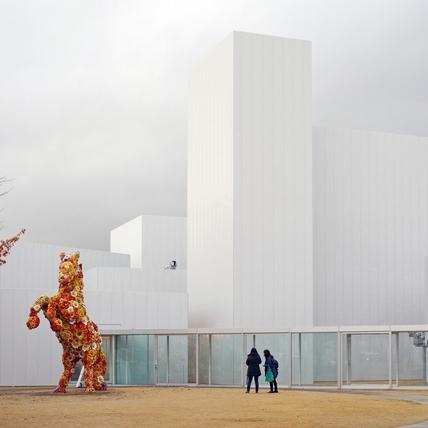 在不裝蘋果的箱子裡 —— 青森十和田市現代美術館之旅(上)