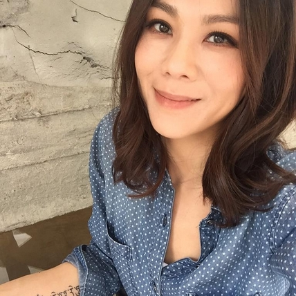 蔡健雅感情空窗4年現曙光 疑與洋男甜蜜交往