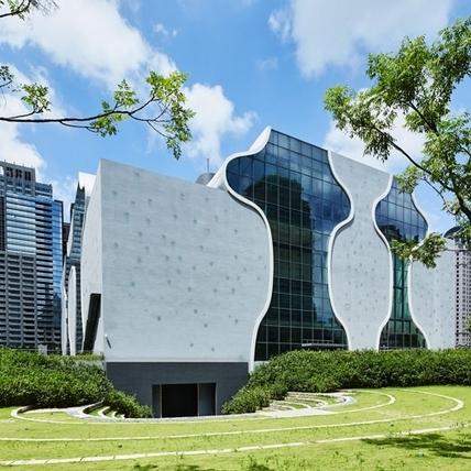 衍生的美聲涵洞:台中國家歌劇院