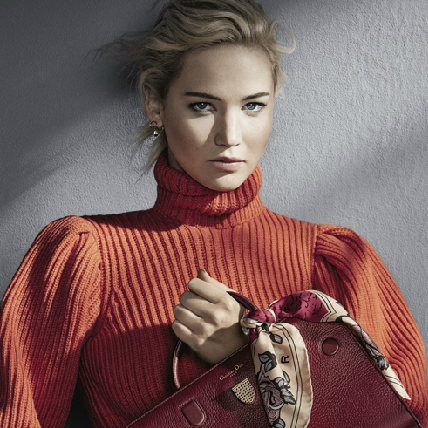 Jennifer Lawrence氣勢無人擋! 四度代言Dior靠的是優雅與霸氣