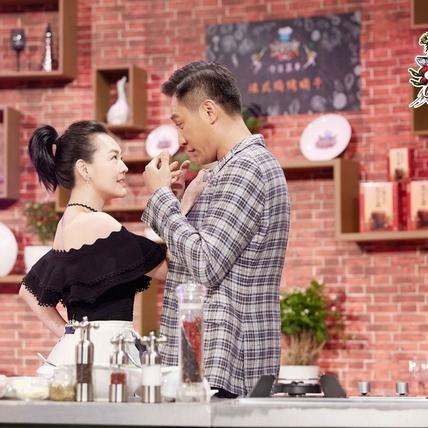 小S玩男神踢鐵板 影帝劉燁形容她像醉活蝦