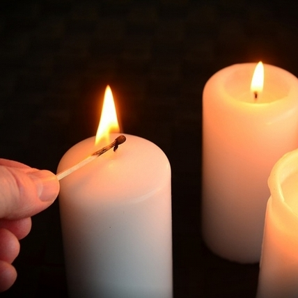 【占卜好好玩】蠟燭占卜測愛情退讓指數