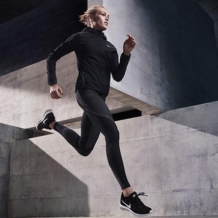 每次訓練都有滿滿能量!挑選運動緊身褲,謹記這2點就對了