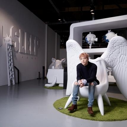 李洪基神復刻韓國臥房 想搬走阿信的「沉睡翅膀椅」