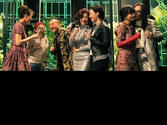 鄭秀文《八個女人一台戲》被老公背叛 戲外巧合連導演都驚訝