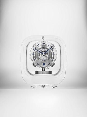 SIHH 2017超浮感時間—大設計師Marc Newson三度與積家合作空氣鐘