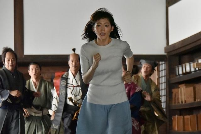 綾瀨遙天然呆 撼動日本歷史