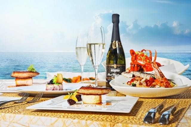 置身碧海藍天裡的夢幻早午餐,遊峇里島必訪的Soleil海濱餐廳
