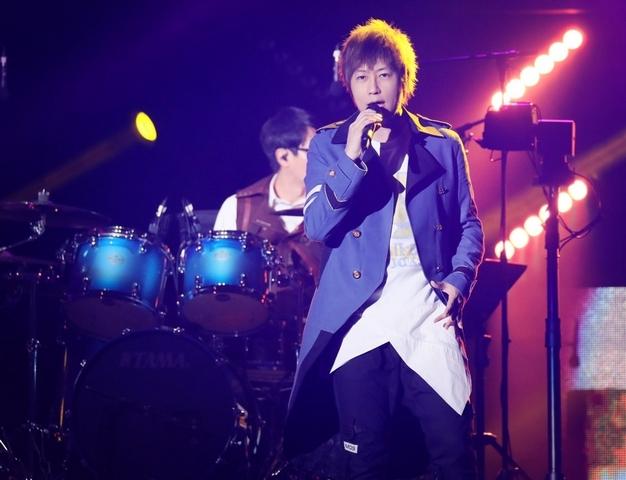 五月天唱回台灣被這個爽到 瑪莎爆粗口:真XX的!