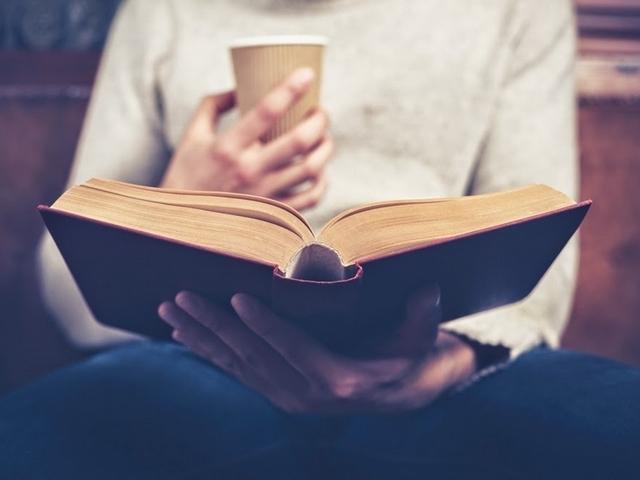 過年太無聊?編輯私心推薦的十本好書書單都幫你準備好了