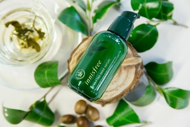 清爽保濕、瞬效鎖水、溫和柔嫩,肌膚要甚麼有甚麼, innisfree綠茶系列幫你打造沒朋友美肌啊