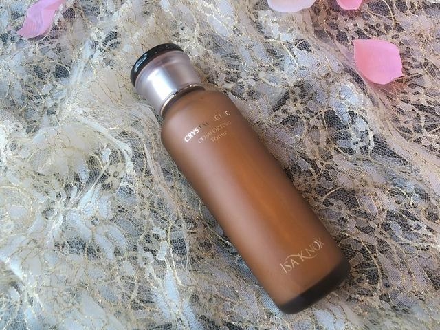 夏天躲在冷氣房肌膚超缺水,用ISA KNOX水晶精萃系列4步驟打造水嫩逆齡肌