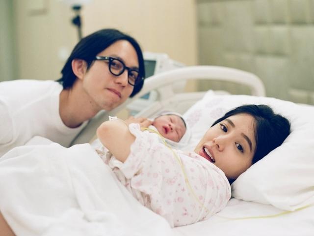 林宥嘉兒子「酷比」誕生! 一家三口首張合照曝光
