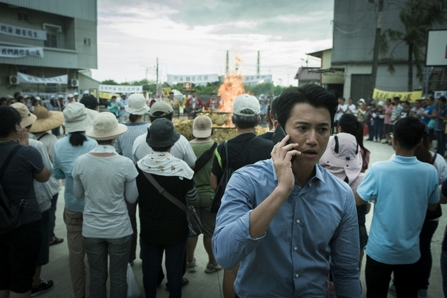 吳慷仁邀打火英雄看《引爆點》 被讚是「正義代表」