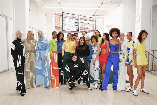 穿上成套運動衫長腿拉到一米八!adidas Originals最新繽紛聯名時裝周放大絕