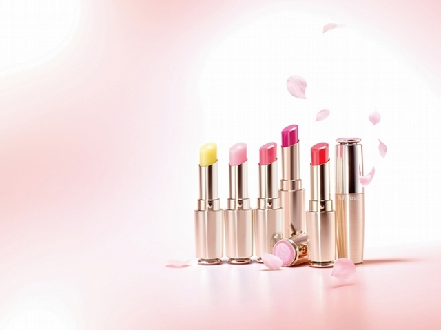 宋慧喬在《男朋友》劇中收到的生日禮物,就是雪花秀肌本潤唇膏#4玫瑰酡紅,打造女朋友好感唇必須來一支