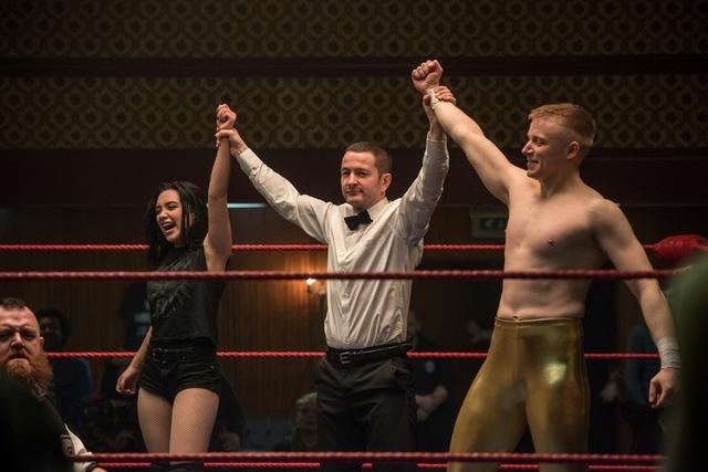 巨石強森親上擂台教拳 女星痛毆對手直呼「超現實」