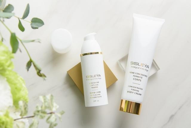 Sisley 抗皺活膚御緻系列推出身體保啦!減圍抗老一擦就有,幫你輕鬆打造夏天完美纖氣感!