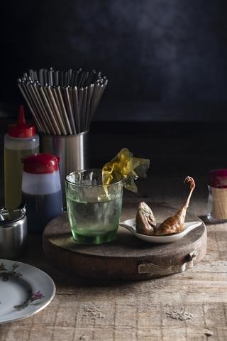 餐酒組合 3:醇濃麻醬調酒+香烤鵪鶉