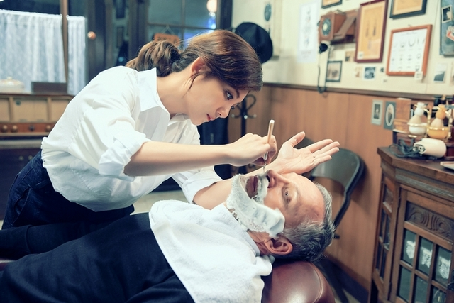 梁靜茹化身療癒理容師 打造最慘情歌〈慢冷〉