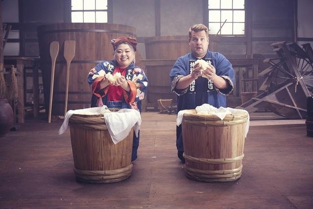 渡邊直美和詹姆士戈登在日本釀酒廠前相會了,究竟誰才是Pitera™大師?!影片中兩人的互動真是太可愛了
