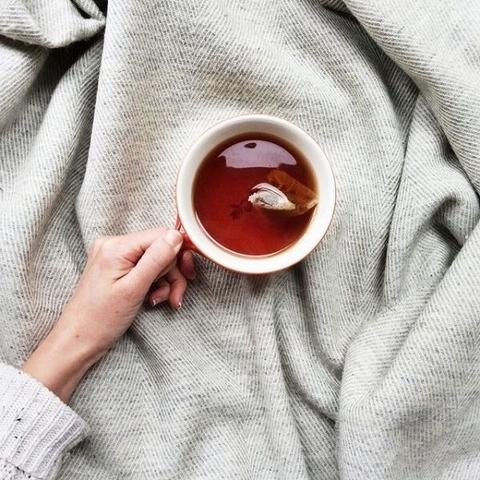 「長期處於冷氣房,汗腺也不靈活,連帶養出不易流汗的虛弱體質〜」要預防夏日冷氣病上身,排汗功能真的好重要