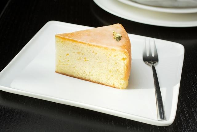 台北國賓〈柚香糖霜磅蛋糕〉