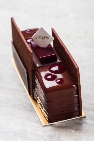 黑莓巧克力蛋糕.煙燻巧克力甘納許