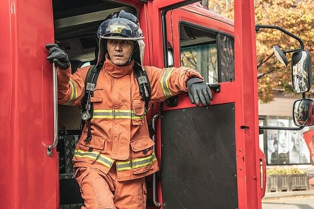 車勝元《加油吧!李先生》化身消防員! 導演就愛他「傲嬌特質」