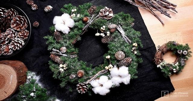 6. 雪松聖誕花圈