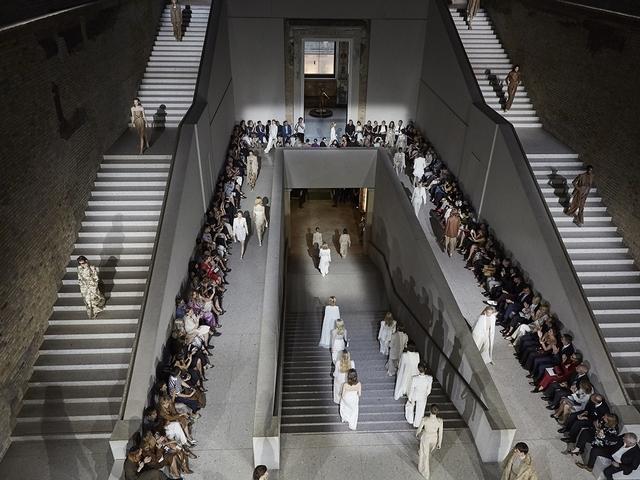 建築與時裝的理性對話