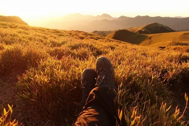 〈胡鬧旅遊提案〉人生感到窒礙難行,就去爬一座山吧