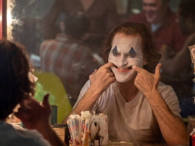 奧斯卡11項大獎提名! 《小丑》2月7日重返大銀幕