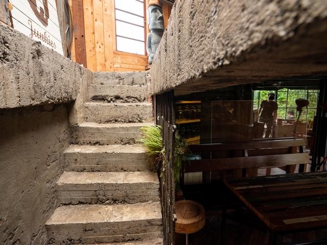 改造荒蕪 築一座咖啡天堂
